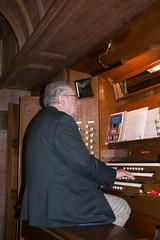 Morley Whitehead at the organ (Bill Cumming) Tags: edinburgh morningside cluny church churchofscotland morleywhitehead organ fatherwillis
