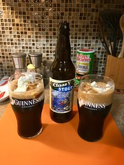 "Happy Float Friday! (A Wild Western Heart) Tags: ""icecream"" beer kernriverbrewing ""kern ""classvstout"" ""stoutfloat"" imperialstout milkstout oatmealstout icecreamfloat stoutbeerfloat"