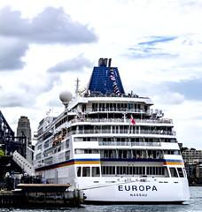 M.S. Europa (TOXTETH L8) Tags: cruiseship passengers sydney circularquay mseuropa