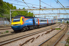 43061 + 43075 - Harringay - 30/08/18. (TRphotography04) Tags: east midlands trains on hire lner hst 43061 43075 pass harringay working 1d11 1103 london kings cross leeds
