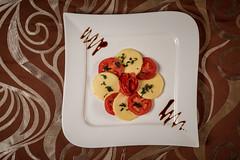 xEW7_2786 (Ewald Photography) Tags: purple food foodporn ewald gruescu photography sigma nikon plate tomato restaurant