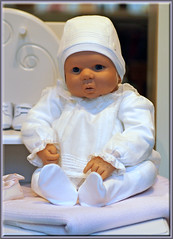poor baby - lost in the storewindow (mhobl) Tags: puppet doll puppe schaufensterpuppe baby munchen white expenive