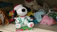 Snoopy Christmas Dance (earthdog) Tags: 2018 shopping store grocerystore safeway googlepixel pixel androidapp moblog cameraphone