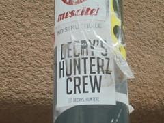 488 (en-ri) Tags: decay hunterz teschio skull adesivo sticker genova zena wall muro graffiti writing bianco nero