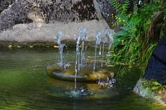 257 août 2018 - Auvergne, Le Puy-en-Velay, en descendant de la statue Notre-Dame de France (paspog) Tags: france auvergne hauteloire lepuyenvelay août august 2018 fintaine brunnen fountain