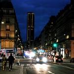 Montparnasse à la tombée de la nuit (1) (Version Couleur) thumbnail