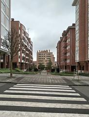 IMG_20180424_124905_M (LuJaHu) Tags: urbana gijon asturias españa leecolemax2 callejera edificio arquitectura