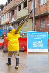 _MG_5555 (UNIDAD DE MANTENIMIENTO VIAL) Tags: lluvia carrera3econcalle40as41s sancristóbal lavictoria cambiodelosas obreros obrero 2018 octubre durante concreto