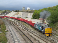 37716 Errupting Clagging giving it Hell at Dove Holes 26/09/2018 (37686) Tags: img6684 today waved goodbye 716 peak forest its been fun but 56301 is due now replace beast unfortunately summer thou can only hope victa railfreight get another 37 up here sometime soon 37716 errupting clagging giving it hell dove holes 26092018