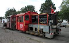 Old Köf II (Schwanzus_Longus) Tags: harpstedt dhe depot german germany old classic vintage railroad railway deutsche bundesbahn yard switcher shunter diesel engine locolocomotive köf ii baureihe br 323 br323 neglected