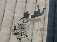 London 2018 (bella.m) Tags: graffiti streetart urbanart london greatbritain art banksy brutonstreet shoppingcart consumerism