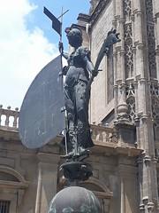Anglų lietuvių žodynas. Žodis statue maker reiškia statula maker lietuviškai.