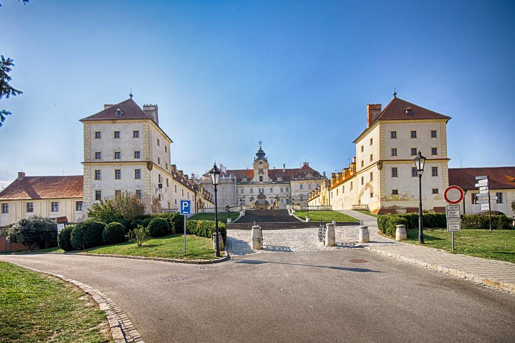 фото: Замок Валтице, Моравия  Valtice Chateau, Moravia