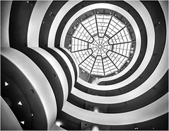 Guggenheim museum (beninfreo) Tags: guggenheim guggenheimmuseum museum newyork newyorkcity nyc blackandwhite black contrast circle spiral canon5dmarkiv rokinon14mm usa us
