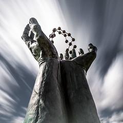 Hands & Molecule Ramsgate (Nathan J Hammonds) Tags: hands molecule sculpture kent uk england ramsgate coast long exposure nd filter 10stop nikon clouds movement art