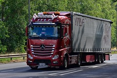 EP 866 NP (Martin's Online Photography) Tags: mercedes actros mp4 truck wagon lorry vehicle freight haulage commercial transport a63 everthorpe eastyorkshire nikon nikond7200