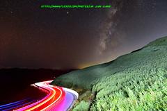 DSC_0976 (Lin.Jian Liang) Tags: 台灣 taiwan 南投 仁愛鄉 合歡山 車軌 銀河 galaxy 14mm sigma bigma nikon d610