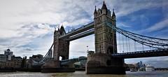 El puente y las nubes (enrique1959 -) Tags: martesdenubes martes nubes nwn londres puente puentedelatorre inglaterra reinounido europa faithandprotectioninthelightyears