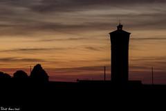 Somewhere in Castilla y León (RobertoHerreroT) Tags: segovia castillayleon castillaleon aldeareal españasunset spain sundown anochecer atardecer robertoherrerotardon photography night noche