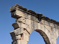 Volubilis (jmaxtours) Tags: volubilis morocco volubilismorocco romanruins ruins architecture sky ancient 3rdcenturybc