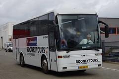 EOS COACH Rooney Tours met kenteken BG-HH-34 in Hoek van Holland 22-09-2018 (marcelwijers) Tags: man lions coach euro 6 rooney tours met kenteken 12bjd1 hoek van holland 22092018 bus touringcar dutch tourist busse buses nederland niederlande netherlands pays bas