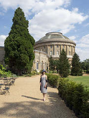Mariëlle, Suffolk 2018: Class (mdiepraam (30 mln views!)) Tags: suffolk 2018 ickworth nationaltrust marielle portrait pretty gorgeous attractive mature fiftysomething brunette woman lady milf elegant classy hat scarf dress building architecture dome tree sky clouds