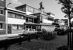 20180918_145802-2 (durr-architect) Tags: third craft school thehague scheveningen duiker restored multicompany building units technical rectangular staggered masses flat roofs idea nieuwe zakelijkheid modernism steel windows concrete classroom glass blocks