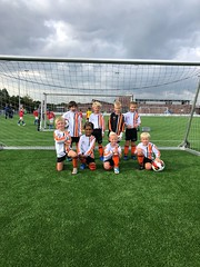 "HBC Voetbal | JO8-3 • <a style=""font-size:0.8em;"" href=""http://www.flickr.com/photos/151401055@N04/45194985192/"" target=""_blank"">View on Flickr</a>"
