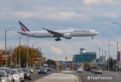 """F-GSQO Air France Boeing 777-300 (Tom Podolec) Tags: """"this image may be used any way without prior permission © all rights reserved 2018"""" news46 mississauga ontario canada toronto pearson international airport fgsqo air france boeing 777300"""