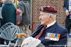 Battle for Arnhem remembrance (Michel Lammerse - Foto Propaganda Photography) Tags: arnhem remembrance battleforarnhem bridgetoofar johnfrostbridge worldwar2 poland greatbritain