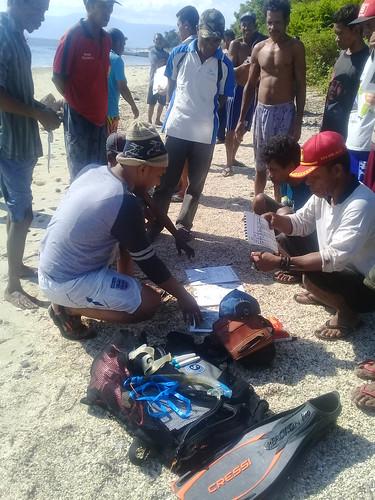 Pelatihan monitoring lamun Munaseli 16