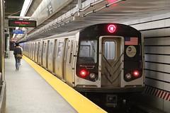 IMG_2237 (GojiMet86) Tags: mta ind nyc new york city subway train 2007 r160a1 8357 86th street bmt