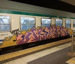 #stolenstuff #graffitiblog #check4stolen #flickr4stolen #graffiti #graffititrain #diretto #trainbombing #benching #bencher #instagraff (stolenstuff) Tags: instagram stolenstuff graffiti graffititrain benching