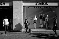 Berlin ´18 (Anton C.) Tags: analoguephotography adofix adox analogue artinbw bw berlin blackwhite black white blackandwhite blanconegro film filmisnotdead filmmeanssomethingtous filmisawasteoftime germany ishootfilm ilford panf50 monochrome minolta minoltacle cle mrokkor40mmf2 rokkor people rodinal streetphotography streetlife berlinstreet