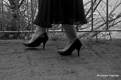 Femme fatele (Corrado Ph) Tags: femme donna ragazza women black elegance heels scarpe shoes tacchi passion girl naples napoli neapel italy italian beauty terrace