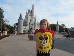 Disney Fan (larry_boy17) Tags: barbie doll dolls toy toys disney magickingdom magic kingdom world minniemouse minnie mouse shirt yellow cinderella castle vacation trip getaway outside outdoors outdoor nature themepark theme park divergent tris