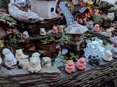 hidden fountain (SetsuntaMew) Tags: parenfaire renfaire faire festival pennsylvania pa fall autumn