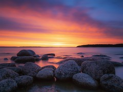 Burning horizon - Explore (Jarno Nurminen) Tags: emäsalo porvoo finland longexposure rocks seascape glow sunset