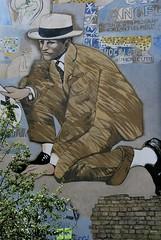 Quartier de Belleville - Le détective de la Place Fréhel par Jean le Gac (T.Oscar) Tags: tag street art urban graffiti peinture graff paris france french paint hip hop belleville 19ème xixème 19 xix fréhel frehel place platz