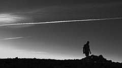 Une femme, un homme, une rencontre. Trois images pour deux hauts perchés II/III - l'homme... (stephane.desire) Tags: montagne homme noiretblanc monochrome 169 lumière