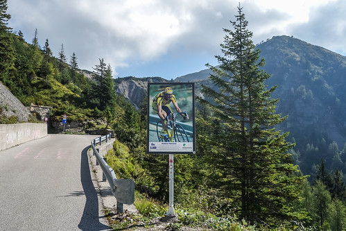 Road to Monte Zoncolan