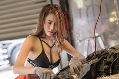 DSC_8480 (Robin Huang 35) Tags: 黃艾比 abbie 修車廠 泳裝 比基尼 bikini 修車服 人像 portrait lady girl nikon d850 車 car
