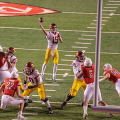 The Pass too little too late. #usc,  #utes, #ncaafootball, #pictureline, #espn, #pac12football (grizzbarr) Tags: ncaafootball utes usc pac12football espn pictureline