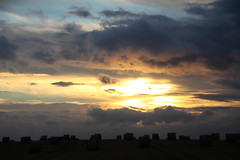 Sunset over North Lincs (Ian Press Photography) Tags: field fields hay haybales bales sun sunset set dusk lincs lincolnshire