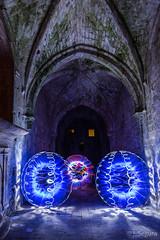 Jugando en el Monasterio (Yorch) (Yorch Seif) Tags: noche night nocturna nocturnal lightpainting longexposure largaexposicion estrellas stars d7500 tokina1116