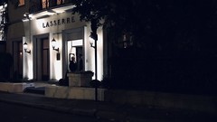 16-10-18 Avenue Franklin Roosevelt, 75008 (marisan67) Tags: night iphoneographie photodenuit 365projet picoftheday 2018 nightphoto paris photographie pola rue polaphone lights mobilephotographie photo photoderue iphonographer urban detail streetphoto 365project 365 urbanphotographie photodujour street projet365 streetphotographie lumière pictureoftheday iphoto instantané iphonography photooftheday light iphonegraphy iphonographie détail nuit streetphotographer cliché iphone