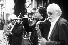 der Trompeter (.rog3r1) Tags: trompete musik street leica sl 75mm voigtländer heliar f18