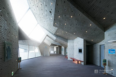 Foyer of Yurihonjo City Cultural Center KADARE (由利本荘市文化交流館 カダーレ) (christinayan01 (busy)) Tags: indoor interior akita japan building architecture perspective concrete