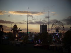 Notts Skyline (Maddy B Clark) Tags: goosefair fair nottingham nottinghamshire notts funfair skyline city landscape sunset