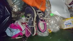 DSC_0052 (Yuzurru) Tags: sneakers shoes trash gargbage